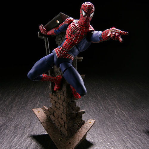 Superhero Spiderman Action Figure SCI-FI REVOLTECH Örümcek-Adam Model Oyuncaklar Anime Film Spiderman Film Şekil Brinquedos Bebekler